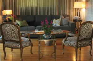 Living-Room-Gordon-Head-Victoria-BC-Barbara-Gergel