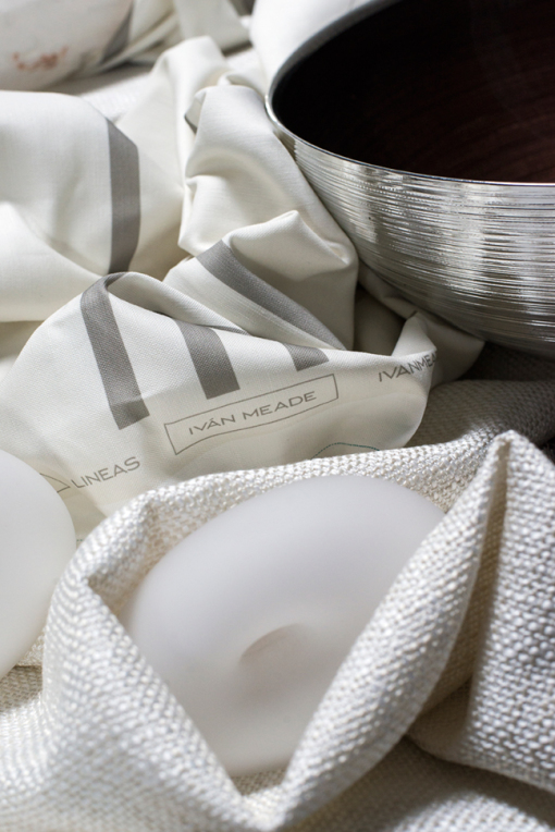 Lineas in Paloma, Textura in Crema, Glass Sculpture, Silver Bowl