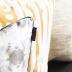 Ivan Meade, Pillows, Echo Lumbar, Grabado in Miel, Textura in Miel, Cubo in Miel/Cenote/Crema