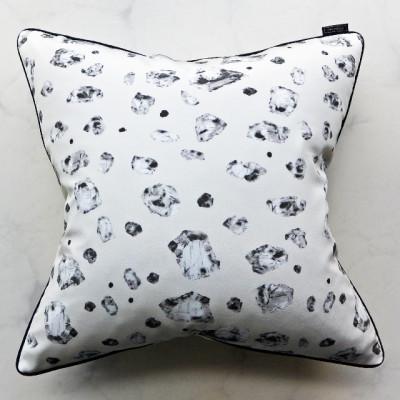 pillow-pirita